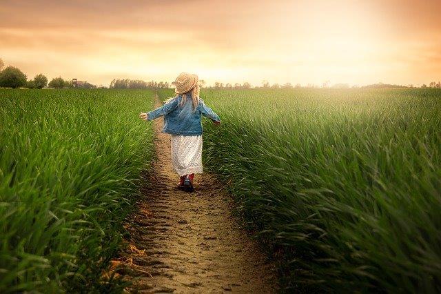 Прием 2018 по подмярка 6.1 от ПРСР: 83 млади фермери подписаха договори с ДФЗ