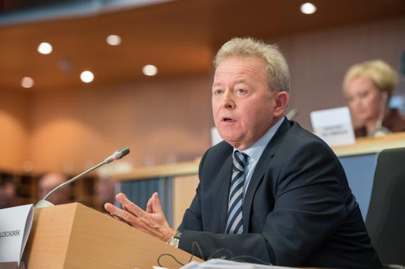 """Предложението на Хоган за ОСП """"не е Библията"""", казва Войчеховски при изслушването си за еврокомисар по земеделие"""