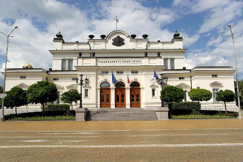 20 август: Комисията по земеделие към 46-НС ще изслуша земеделския министър за възможностите за прилагане на тавани и намаления на директните плащания от 2023 г. в България